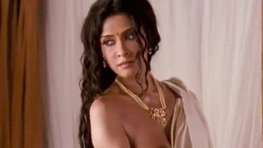 Indian desi actress Nandana Sen nude video