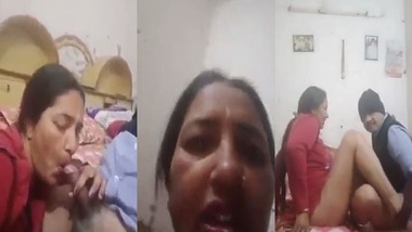 Mature aunty making her own sex video