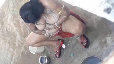 Desi aunty bath video hidden cam video
