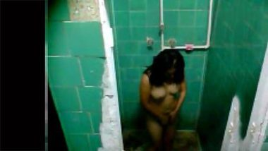Hidden camera records solo XXX relax of an innocent Indian beauty