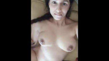 Very Beautiful Girl Showing Boobs and Pussy Fingering Part 2