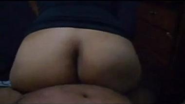 Bubble butt Pune college girlfriend cowgirl POV sex video