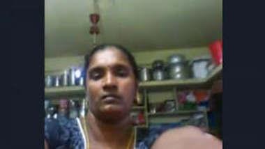 Telugu Bhabhi Showing Her Boobs