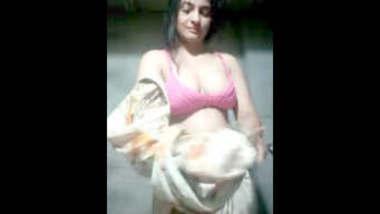 Sexy Pakistani Girl Record Her Nude Video